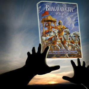 Another-Life-Saved-by-Bhagavad-Gita-and-Devotees1